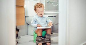 Ребенок часто просится на горшок, но ничего не делает