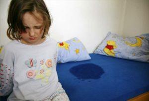 Ребенок описался в семь лет
