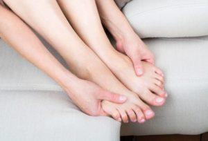 Тяжелеют рука и нога