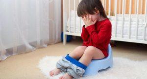 Ребенок тужится при мочеиспускании