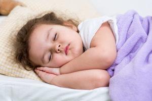 Ребенок мало спит днем