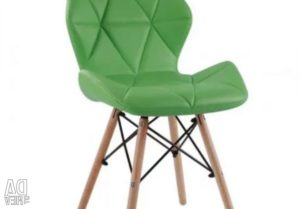Зеленый стул