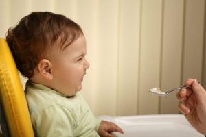Ребенок в 3 месяца мало ест
