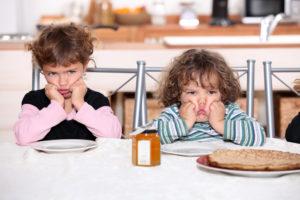 Постоянные истерики и отказ от еды