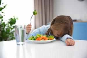 Ребенок слабый не чего не ест и все время спит