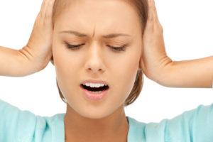 Головокружение, раздраженность на звуки